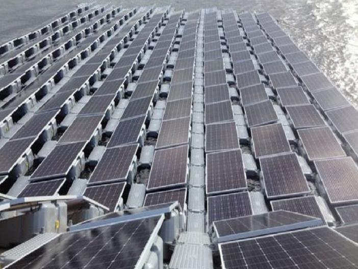 Floating Solar Panel 002